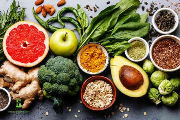 alimentos que ayudan a prevenir las espinillas