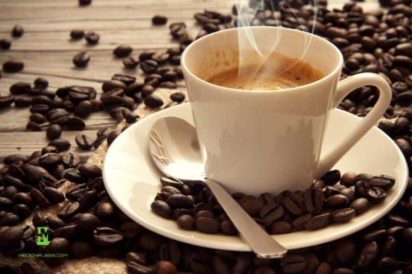 consumir cafe para eliminar la retención de líquidos